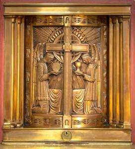 Dee_Kathy_Mission_San_Luis_Obispo_Sacrament-1-of-1